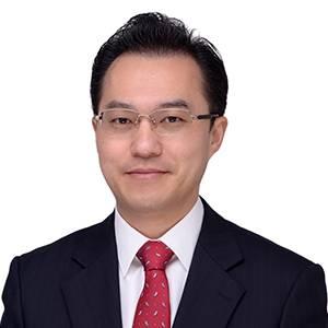 上海现代服务业联合会会长特别助理 汽车产业金融服务专委会秘书长 沈颐辰