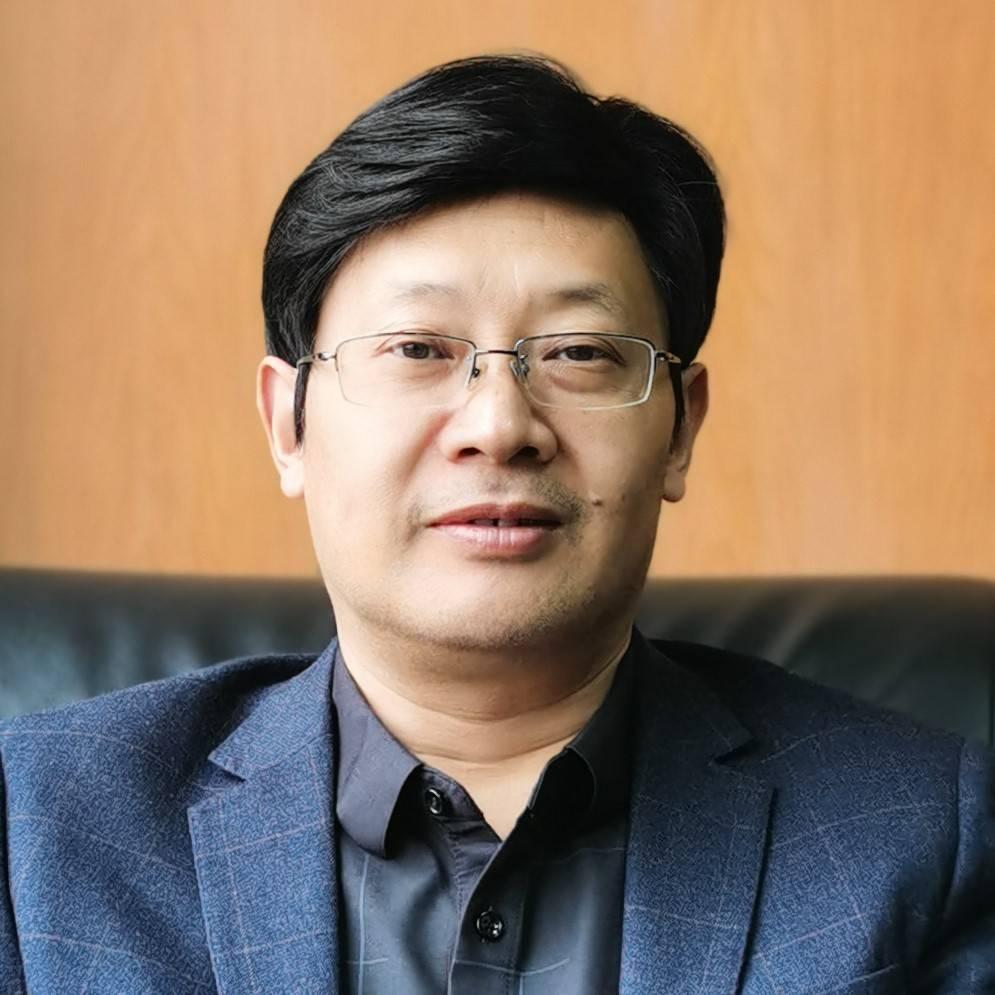 教育部长江特聘教授 先扬剑量子计算机研究院董事长 于扬