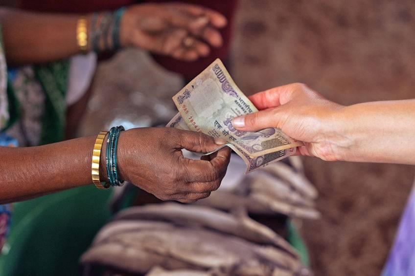 百家现金贷在去印度的路上