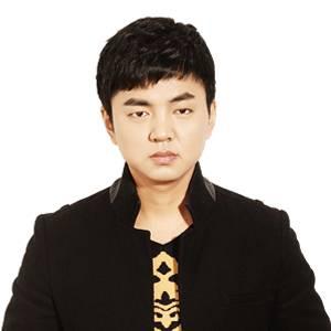 VR界 创始人CEO 张艺天