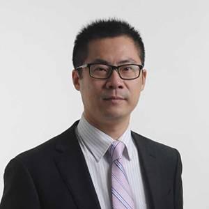 高新区创业园 副主任 杨戎