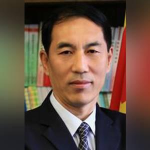 北京体育大学 副校长 何珍文
