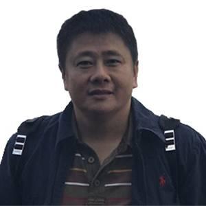 招商银行 深圳分行战略客户二部总经理 朱建武