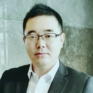 大龙网 副总裁 刘绩坤