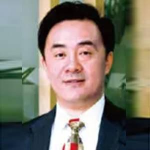 吉利控股集团 CFO 李轶梵