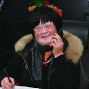 杨大妈 董事长 杨姣英