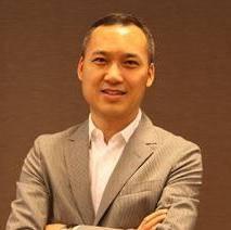 京颐股份 董事长兼总裁 李志