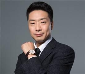 黄记煌 行政总裁 李盟