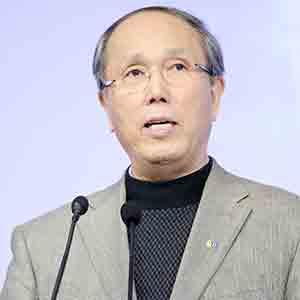 上海现代服务业联合会 会长(原上海市副市长) 周禹鹏