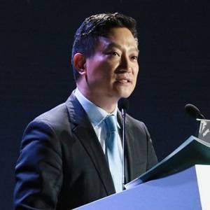 愛康集團 董事長 張黎剛