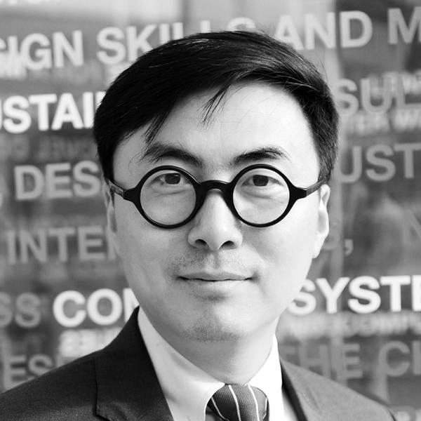 同济大学设计创意学院 院长&教授 娄永琪