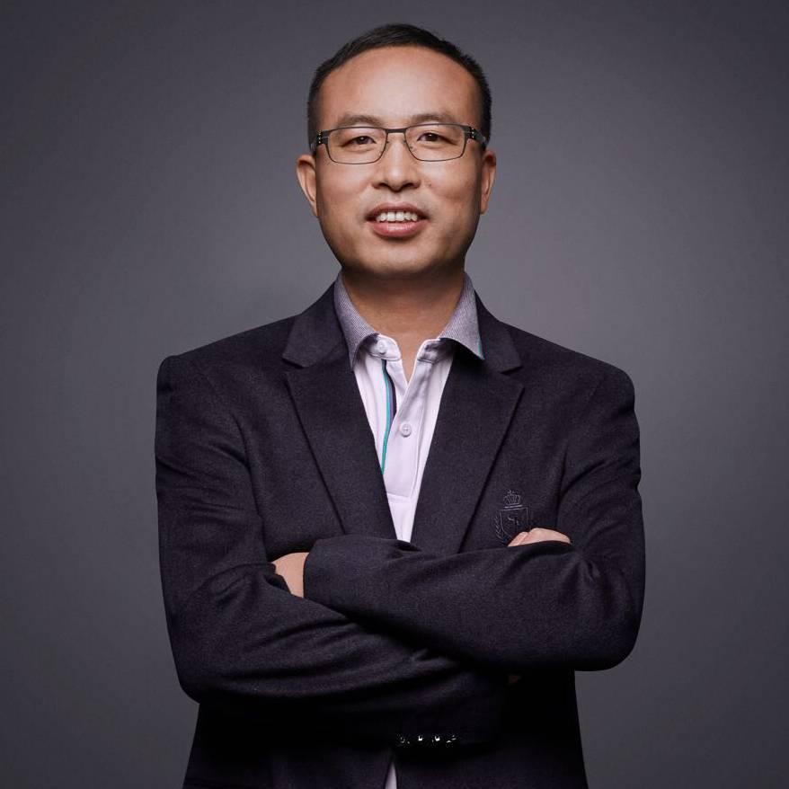 小鹏汽车 合伙人、高级副总裁、广东省政协委员 肖斌