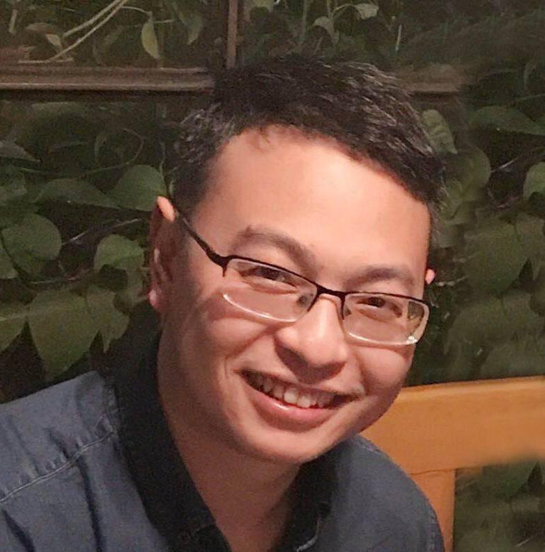 屈耀华 运维总监