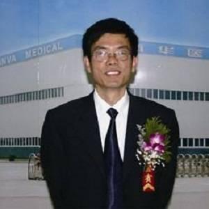 新華醫療 董事長 許尚峰