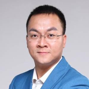 21世纪教育 执行总裁兼COO   许敏