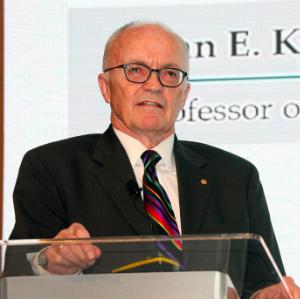 加州大學圣芭芭拉分校 諾貝爾經濟學獎獲得者 Finn E. Kydland