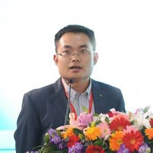 中国城市科学研究会 数字城市中心副主任、博士  徐振强