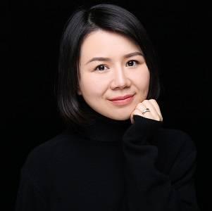 罗氏 地区经理 贺佳贝