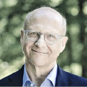 德國商報 Former CEO,霍爾茨布林克集團董 Heinz-Werner Nienstedt