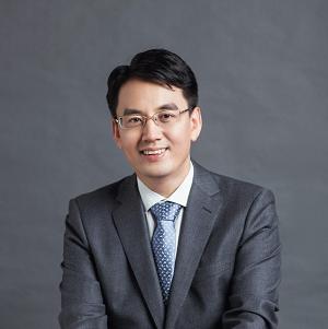 愛爾眼科 副總裁兼董秘 吳士君