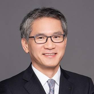 复宏汉霖 高级副总裁、首席商业运营官兼首席战略官 张文杰