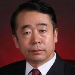 中国卫生集团 执行董事 王景明