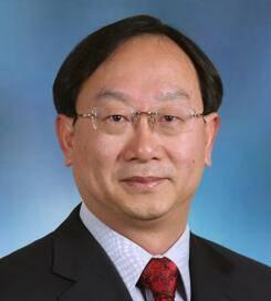 同济大学经济与管理学院 党委副书记、教授 陈松