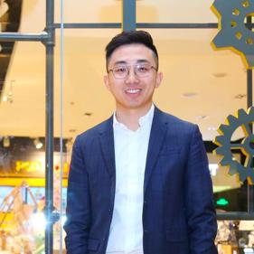 董事长/CEO 王宁