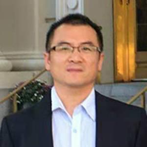 国家药监局医疗器械技术审评中心 部长 贺伟罡