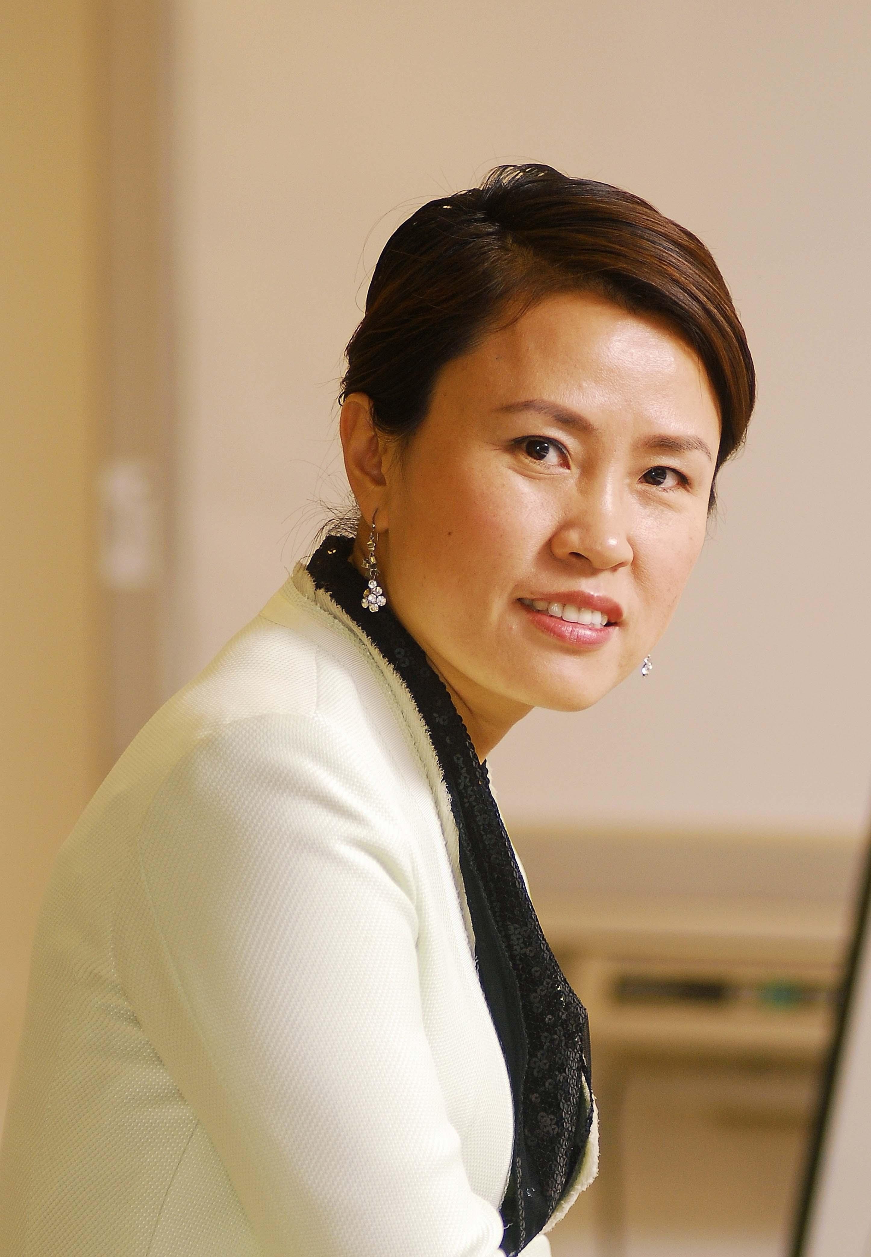 一見塑造 CEO 王麗麗