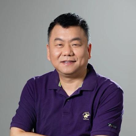 轻松集团 联席CEO 钟诚