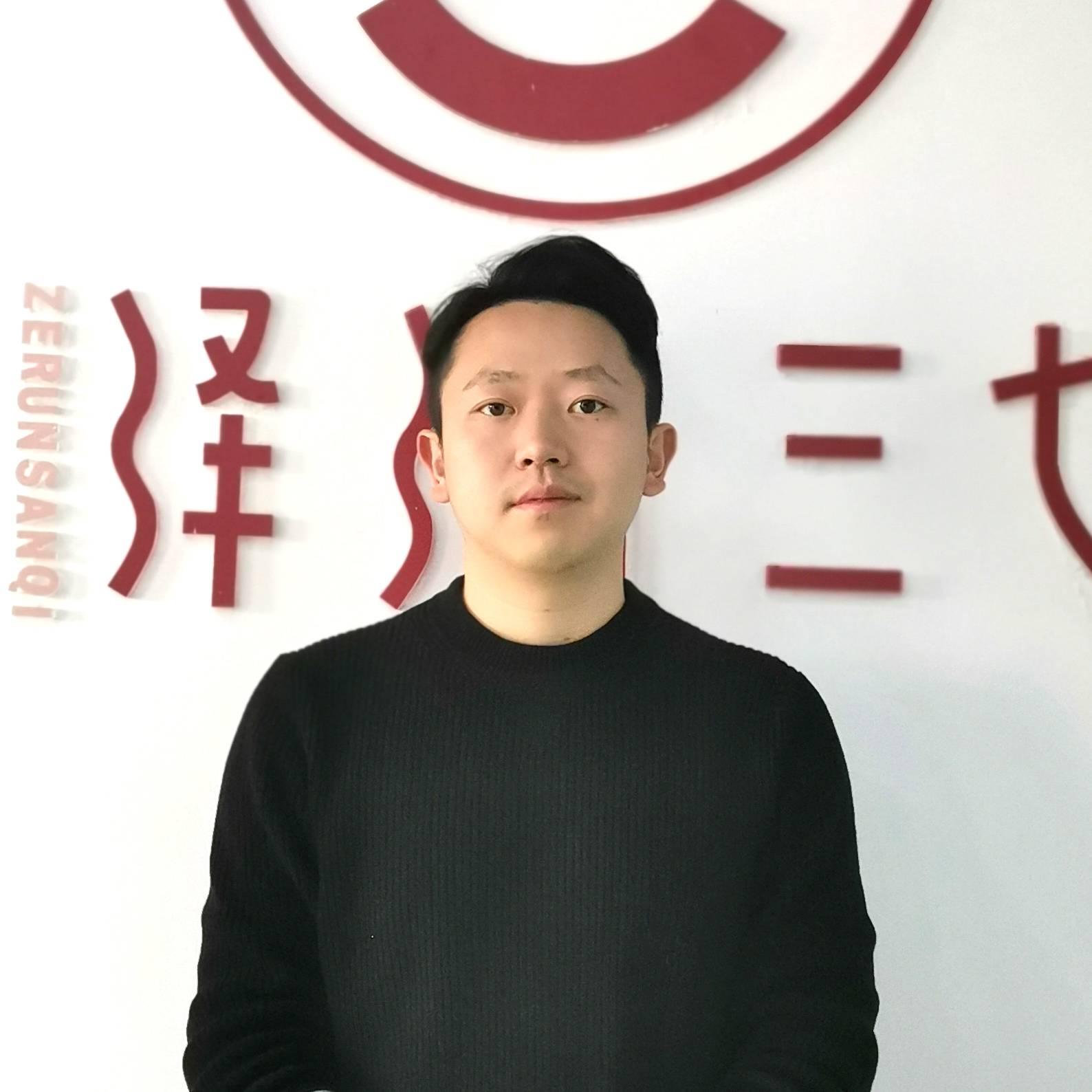 文山润泽农业科技 执行董事兼总经理 文智弘