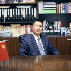 上海科创投集团 执行董事、总经理 沈伟国