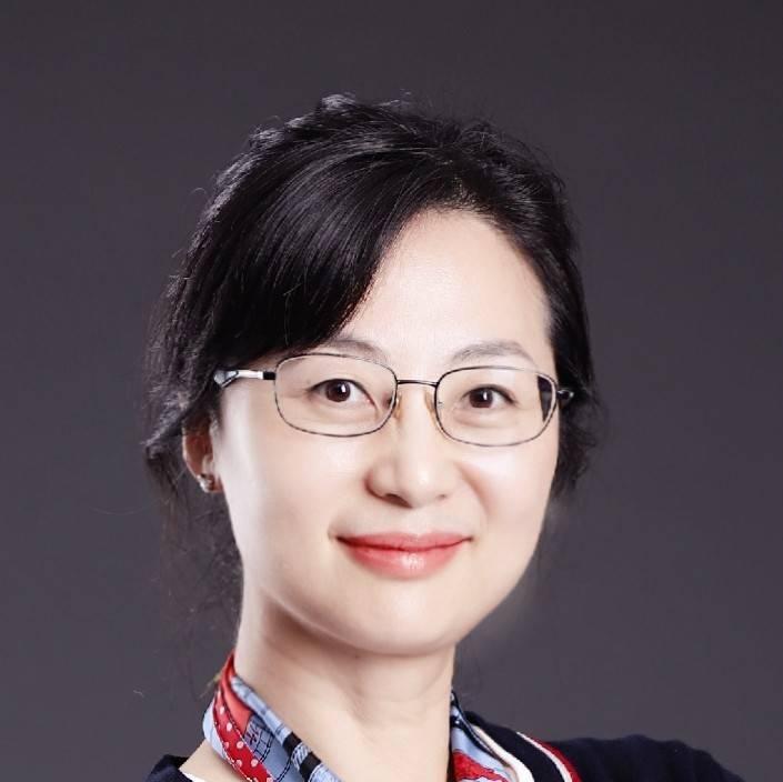 上海長征醫院影像科 副主任,中華醫學會放射學分會心胸學組副組 蕭毅