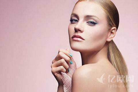 美妆怎么玩,从四个维度浅谈美妆服务的几大模式