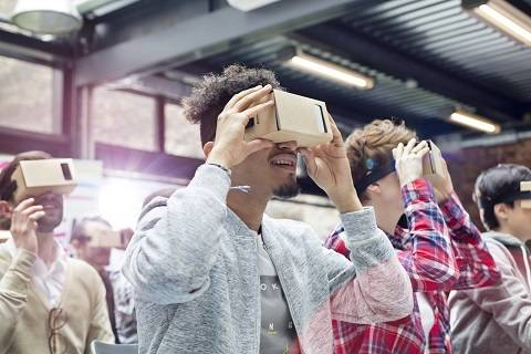 VR,VR+教育,Lifeliqe,HTC Vive,Google