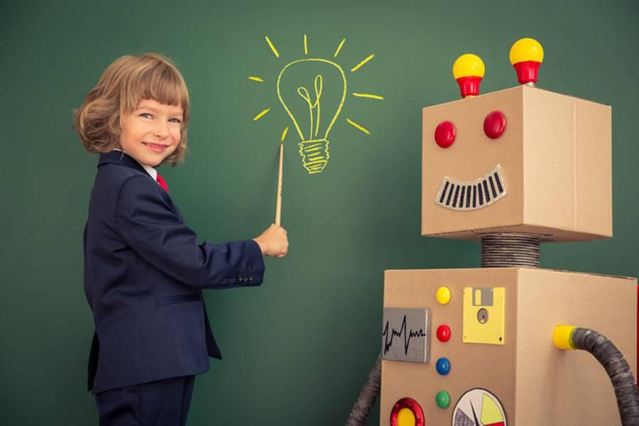 政策助推下,市场超千亿的创客教育如何迎风生长?