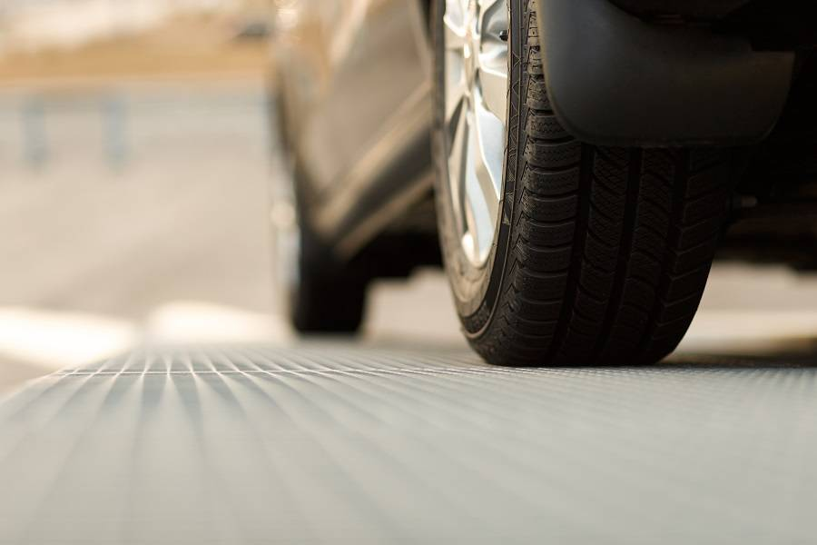 2月全国汽车产销数据:新能源车及SUV产销双双下降,专家称属正常现象
