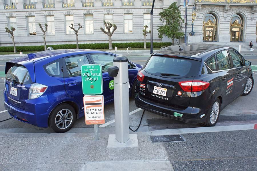 新能源汽车;充电桩,电动汽车,充电基础设施,充电桩