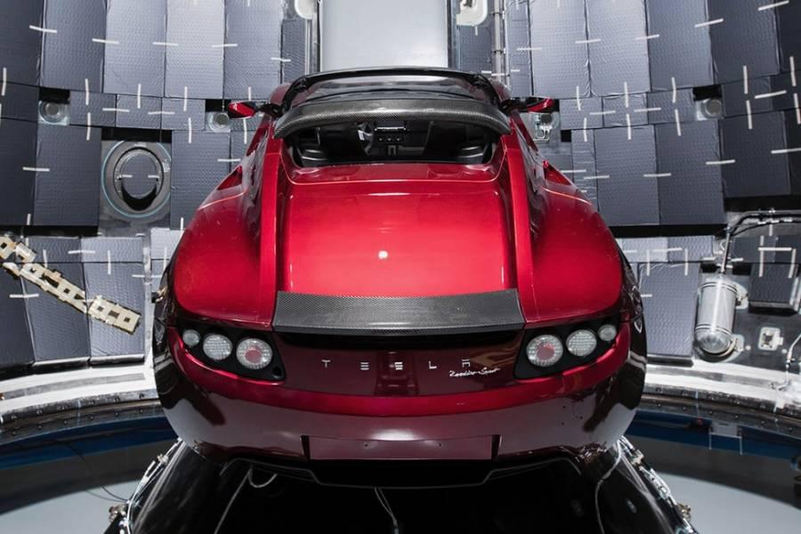 送Roadster上天之前,特斯拉在2017年都经历了什么?