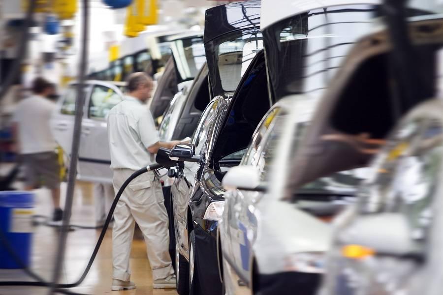 """预见科技出行丨新能源资质发放仍处冻结期,""""15+1""""家车企凭何突围?"""