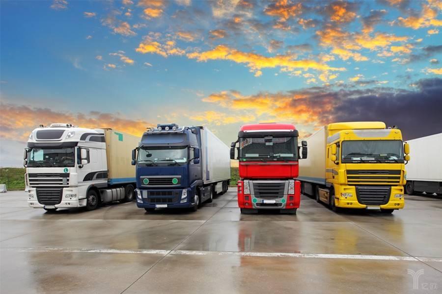 重卡,卡车,公路运输