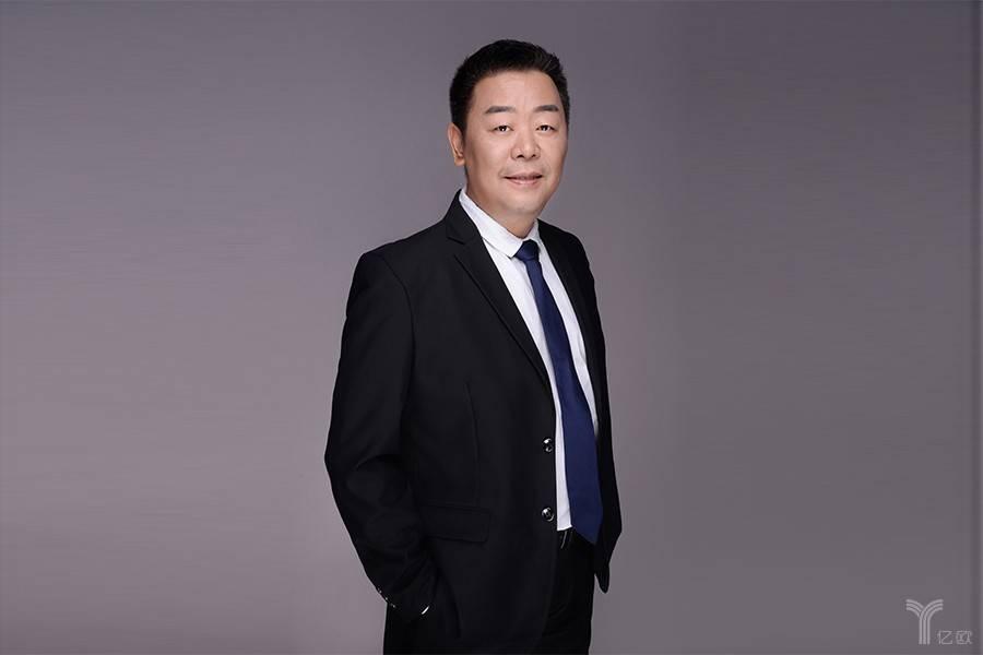 """大咖面对面丨腾讯云副总裁王祥宇确认参加""""智能+新服务""""峰会"""