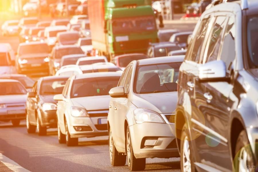 道路拥堵,智慧交通,智慧路口,智慧城市