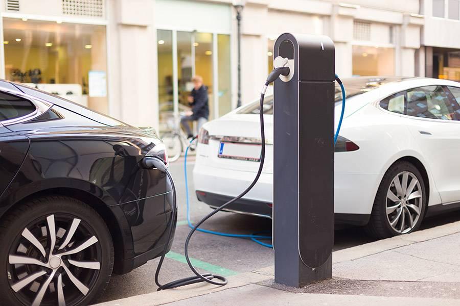关于电动汽车安全,你想要的答案都在这场峰会里
