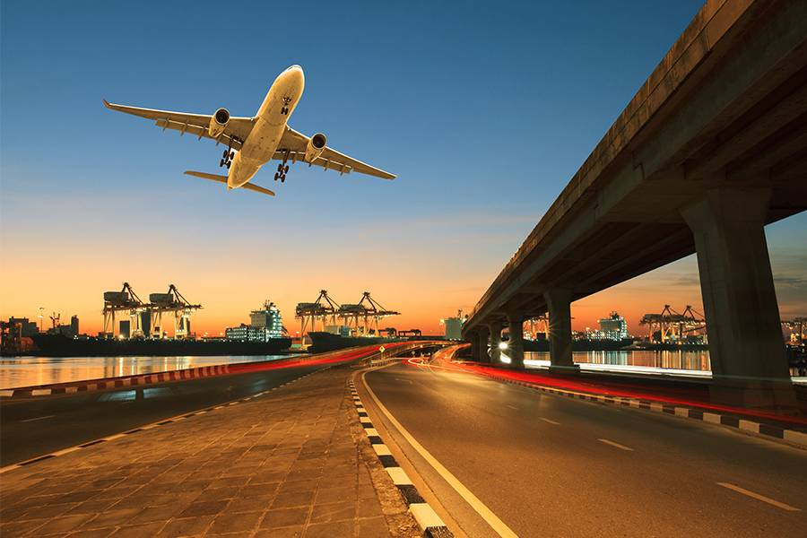 航空运输、中高端空运市场、国际市场