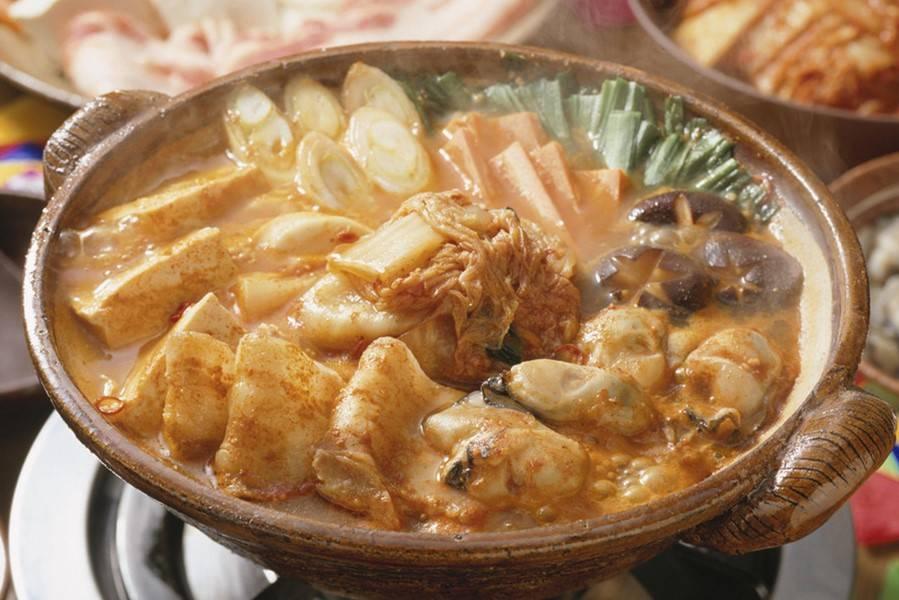 在火锅和串串香的夹缝中,市井火锅何以成为新风口?