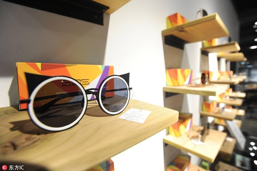 眼镜门店并非只卖眼镜,它所提供的服务比你想象的更多