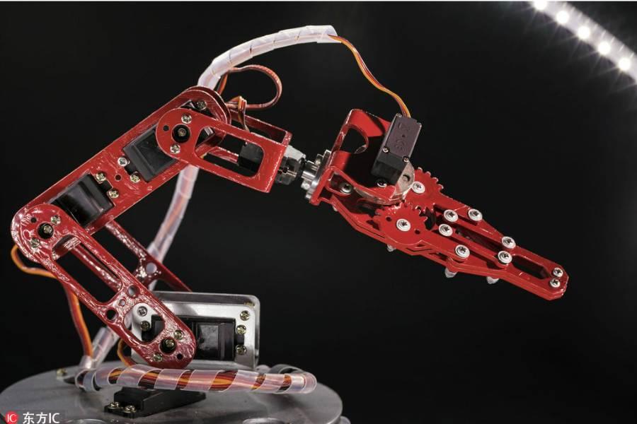 跨界布局工業機器人,行業龍頭的野心不小