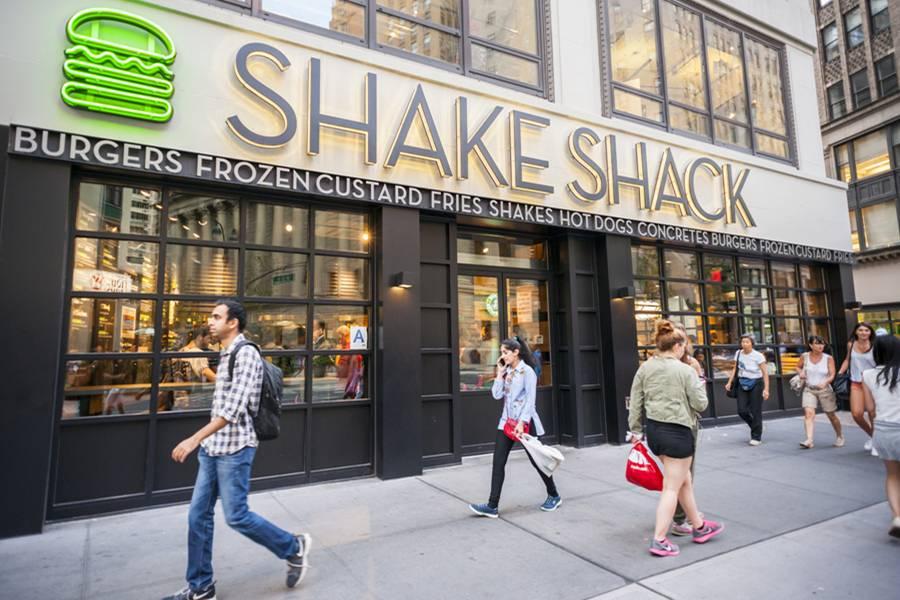 排队常超1小时的Shake Shack将来上海,它何以成为纽约三大地标之一?